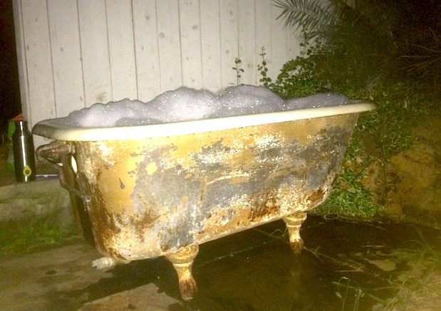 Outdoor Bathtub Among the Stars Recipe!