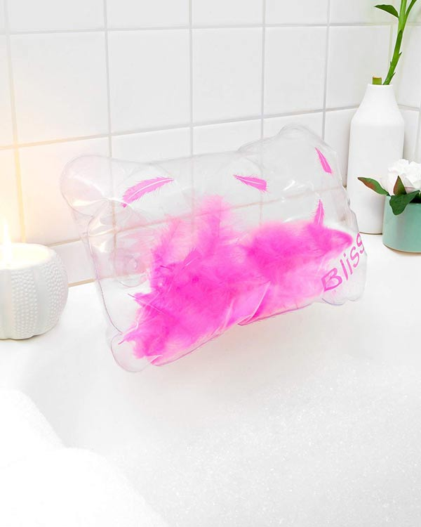 Inflatable Bath Pillow with Feathers - The Bathtub Diva